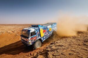 Dakar, KAMAZ, Total, motorolja