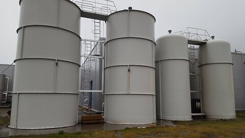 null Tank for blood water, silage tanks null