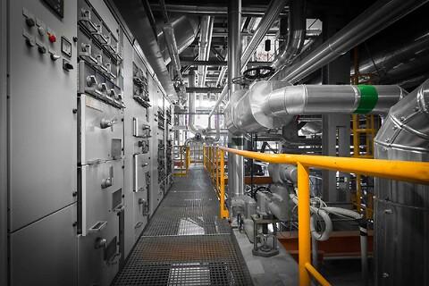 Procesanlæg og styretavler til energisektoren