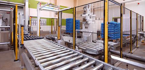 RoboTool A/S - Intelligente robotanlæg. Vi kan sikre høj driftssikkerhed i din produktion.