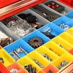 Strukturera upp varje lådhurts med verkstadsinredning från SUN Maskin & Service AB