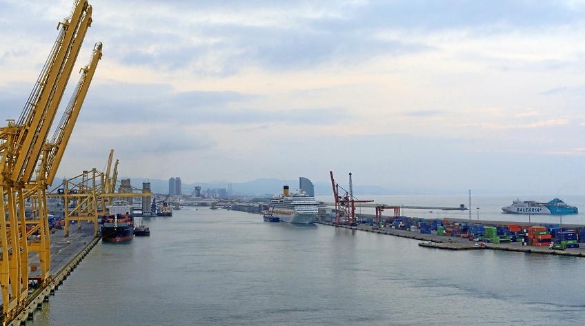 Hvad bestemmer havnenes investeringer i klima- og luftforureningstiltag?