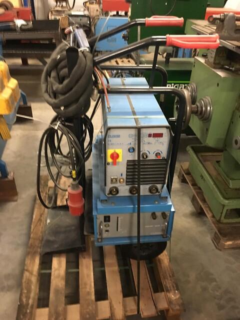 Brugt Cloos tig svejsemaskine 300 ampere vandkølet som ny sælges