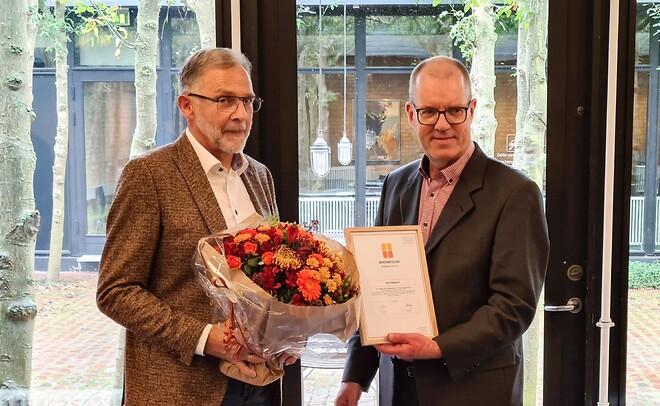 Bent Søgaard fra Idealcombi udnævnt til æresmedlem i VinduesIndustrien