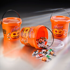 Carletti_Big_Ben_Halloween_UniPak_5141_container_with_IML_and_black_handles_reusable_recycable