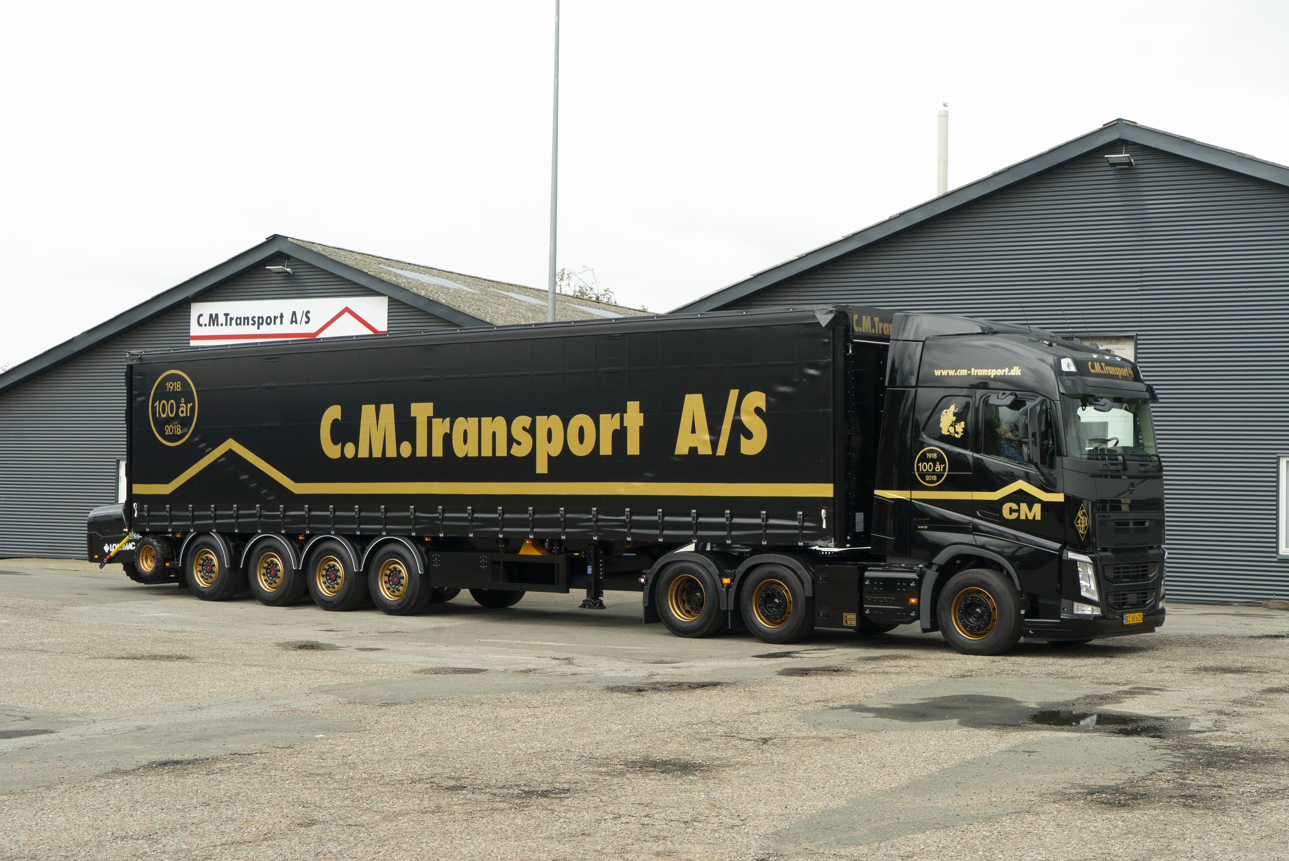 0cb3dfc3e5b5 Guld-Volvo til jubilæum - Transportmagasinet