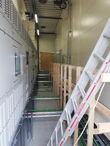 Lindner kraftgulv og tavleramme - begge udført af CC Gulve