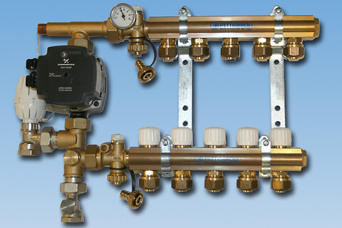 """Pettinaroli KVIKSHUNT fordelerrør - Pettinaroli KVIKSHUNT 3/4\"""". Komplet, 2-12 kredse med UPM3 pumpe, 20 mm pex fittings. Uden forindstilling"""