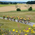 Team Rynkeby ude på de danske landeveje.