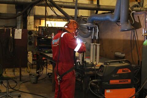 Haukås Vimek AS tilbyr sveising av karbon stål aluminium og edlere materialer