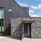 accoya-shou-sugi-ban-facade-foto-exterior-solutions-ltd-Keflico-web