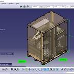 Lådan byggs kring produkten när den placerats på pallen. Skuminsatser placerade i lock och på sidor säkerställer att produkten står stabilt under transport.