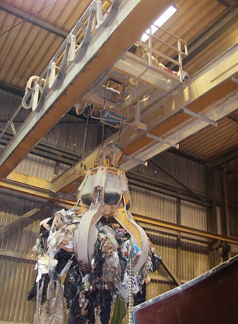 Kraner til affaldsforbrænding og energianlæg fra SKS Kraner A/S
