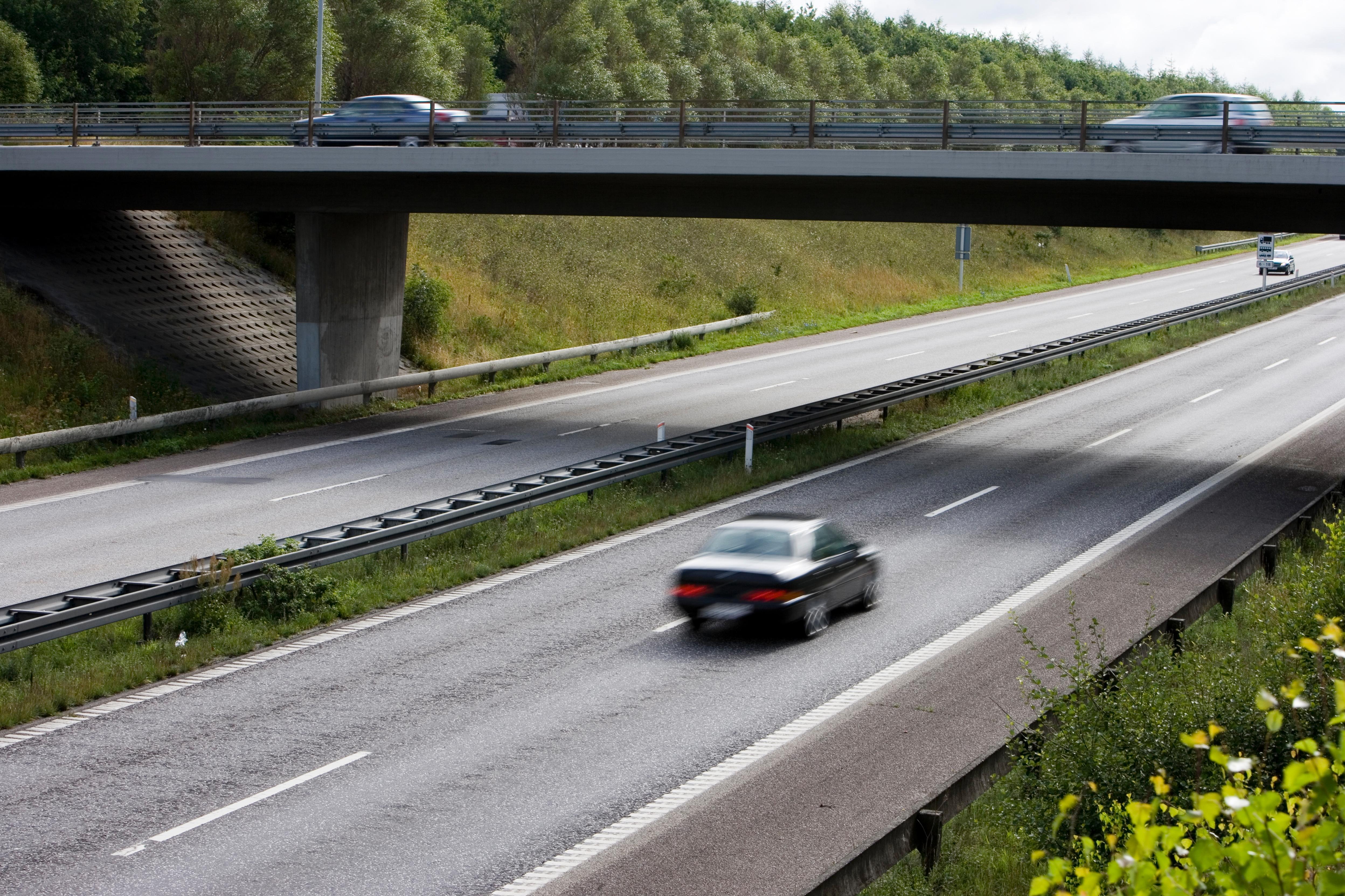 Sikring af motorvejsbroer breder sig i udlandet - Mester Tidende