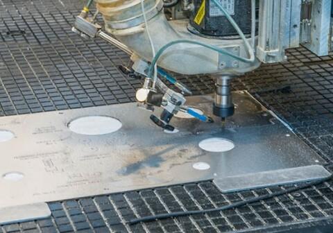 Nordic Steel tilbyr gravering og fresing