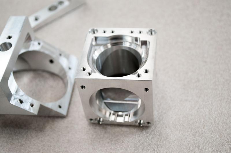 VPD bearbejdning tilbyder 3 og 5 axede CNC fræsning - Mester Tidende