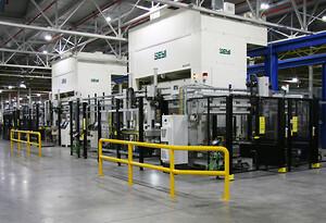 Ideal Boilers nya produktionslinje för tillverkning av täckplåtar till varmvattenberedare, automatiserad av AP&T.