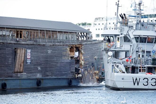 article view noahs ark kollideret med norsk kystvagtskib