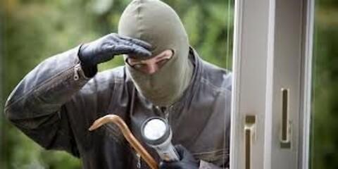 Gør indbrudstyvens arbejde besværligt med nye vinduer - Hold tyven ude med DVV-mærkede vinduer