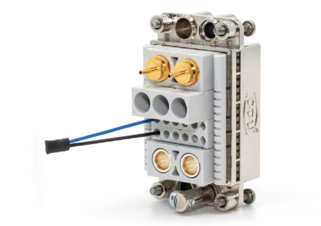 ODU MAC konnektor med indbygget microchip til device-identifikation