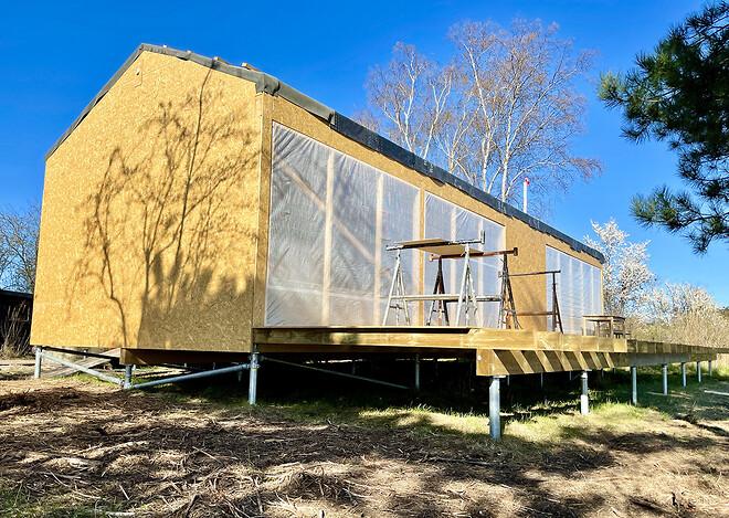 Sommerhus på bayos skruefundamenter
