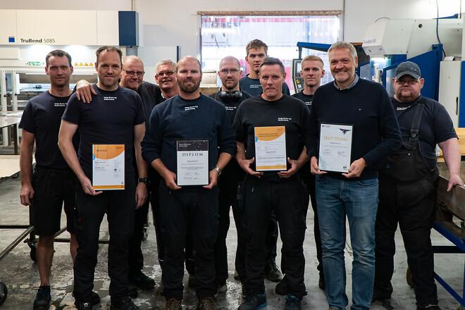 Helge Bruhn ansatte med ISO 9001:2015 og EN 1090-1:2009+A1:2011 certifikat