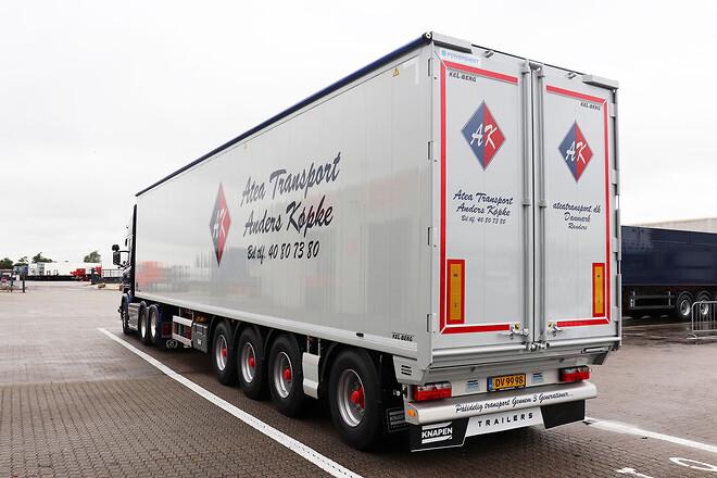 Kel-Berg/Knapen 4 akslet Walking Floor trailer  fra Lastas