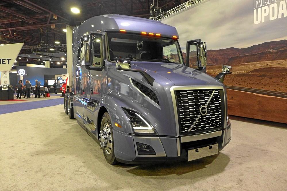 8e7736788214 Volvo VNL har fået masser af teknik fra Europa – således D13 motor