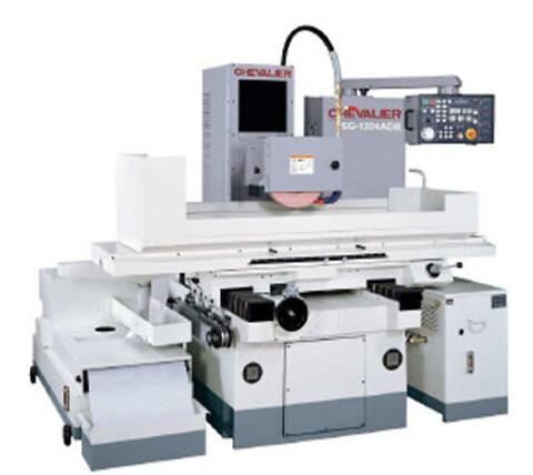 Den mindste maskine i ADII serie af planslibemaskiner.