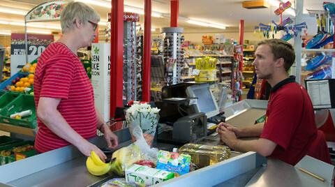 Lokale kræfter moderniserer købmanden: Esben lånte brugsen
