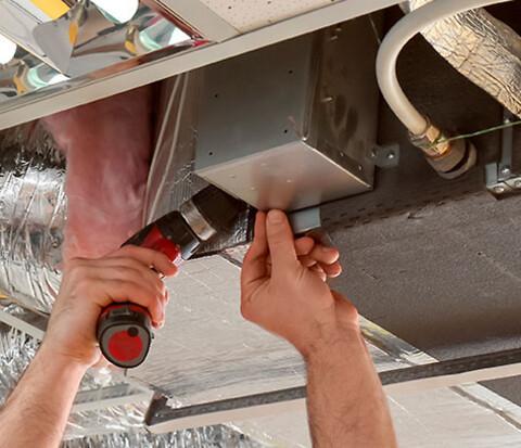Service af ventilationsanlæg og udsugningsanlæg