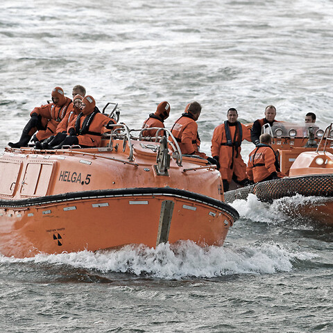 Stcw fast rescue boat refresher