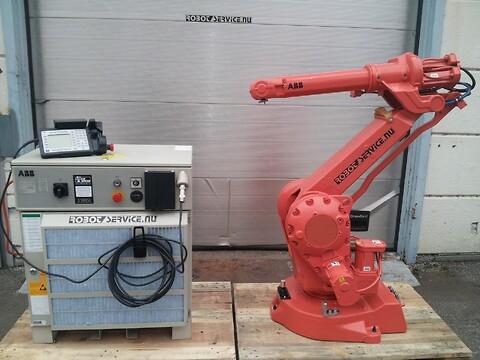 ABB robot IRB2400L S4C+ 5-7kg/1.8m M2000 FYND !!!