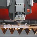 Uanset om det gælder aluminium, uædle metaller eller stål: Bystronic skærehovedet overbeviser med højeste præcision i tynde og tykke plader og profiler.