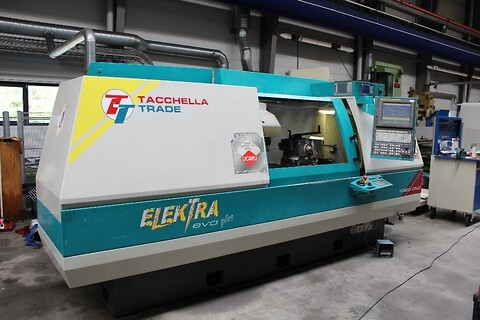 Serviceeftersyn og forbyggende vedligehold på CNC-maskiner - Serviceeftersyn og vedligehold på CNC maskiner