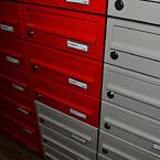 Hoergaarden-røde-postkasser