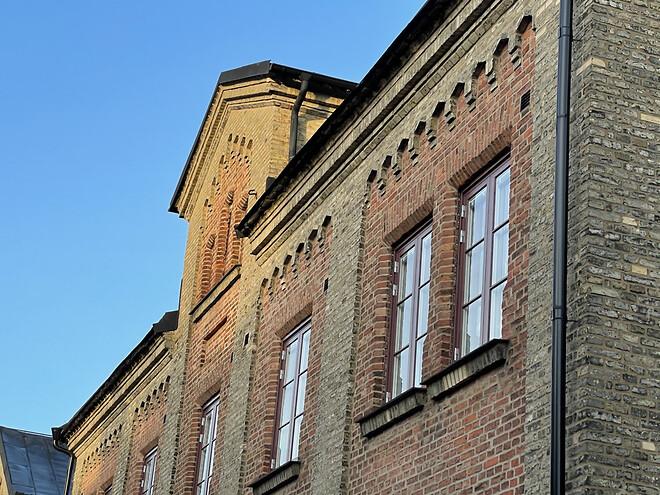 Kv. Fänriken med Woodworks fönster