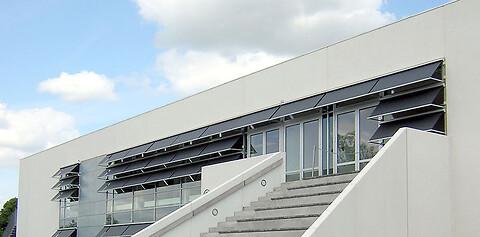 Vejrbestandige faldarmsmarkiser fra Fischer