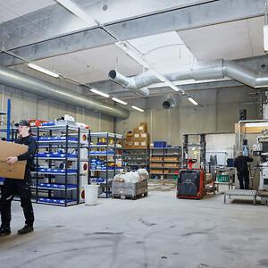 Nye store lokaler til at producere pakkemaskiner, Palleteringsmaskiner, Transport løsninger mm