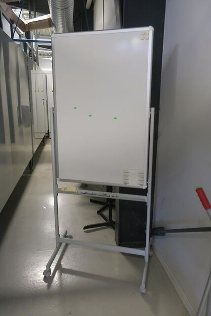 Whiteboard på hjul