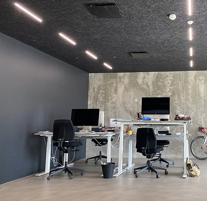 LED lysskinner designet til Troldtekt lofter og akustiklofter
