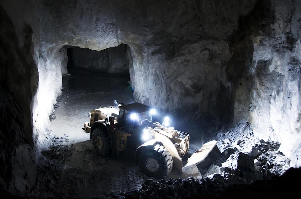 2 672 doda i gruvor i kina