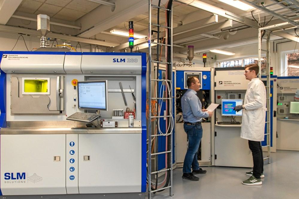 f194a28d2da Teknologisk Institut har en udbygget park af 3D-printere til metalprint. De  danske underleverandører tøver fortsat med investeringen i maskinerne.