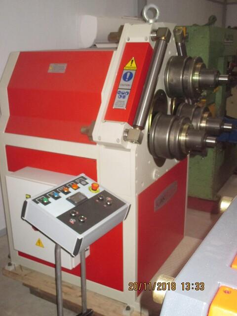 Ny Akyapak profilvalse APK 81 sælges af stålspecialisten
