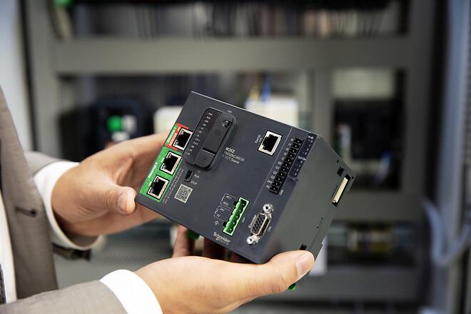 Modicon M262 IIoT-klar, cybersikker logic & motion kontroller