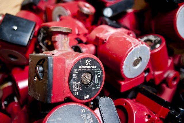 Hydraulisk pumpe krog op