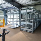Området ovenpå pakkeområdet er indrettet med lagerreoler