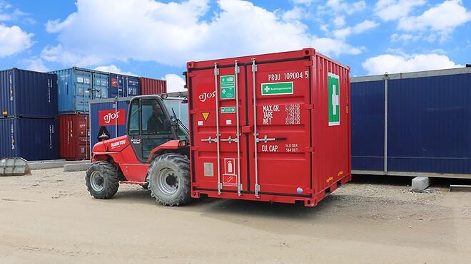 Ajos a/s kan nu tilbyde sine kunder en komplet beredskabspakke i form af en 10 fods container, der rummer stort set alt, hvad man kan få brug for, hvis nogen kommer til skade på en byggeplads.