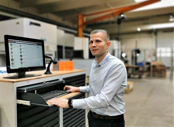 Tool24 reducerer Eskos lagerbeholdning