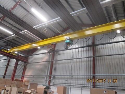 Brugt traverskran 2 ton x 14 mtr inkl. raiostyring sælges